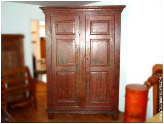 Armoire Antique En Pin De 72
