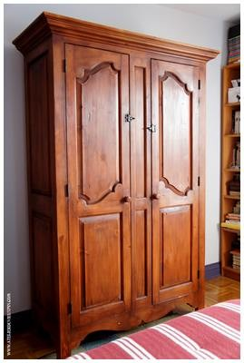 Armoire antique en pin de 76 ''