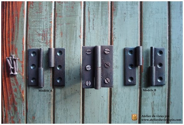 Hinge in wrought-iron (black oxyde)